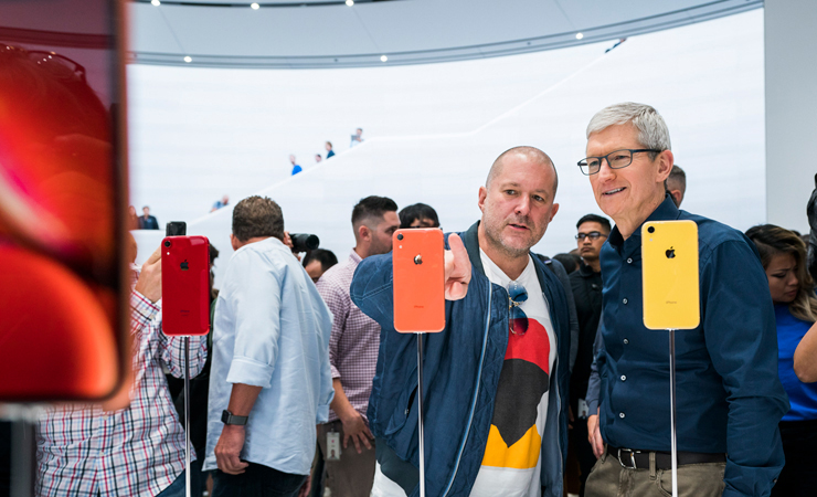 jonathan_ive_tim_cook